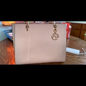 MICHEAL KORS PURSE AND WALLET!
